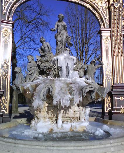 fontaineaphroditeenglacejanvier2009bis.jpg
