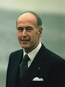 Il y a 86 ans... Giscard-224x300