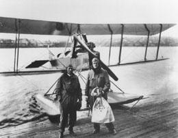 Il y a 93 ans... livraison-postale-par-avion
