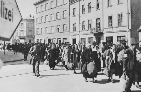 Il y a 68 ans... Krakow_Ghetto_26
