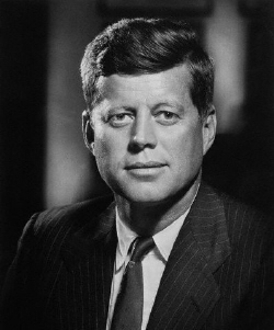Il y a 95 ans... JFKofficial716