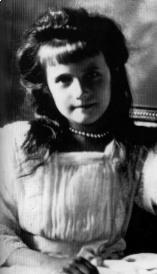 Il y a 111 ans... Anastasia221