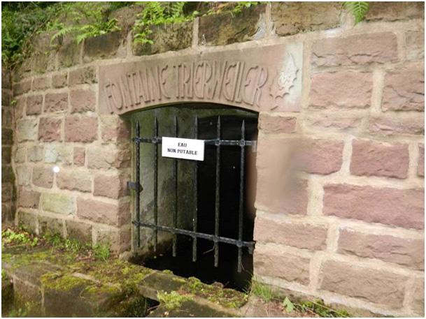La fontaine Trierweiler dans Divers fontaine-trierweiler