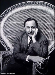 Il y a 102 ans... tennessee-williams1620-223x300