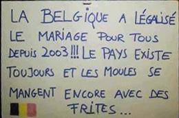 Mariage pour tous dans Divers slogan-mariage-pour-tous-bis