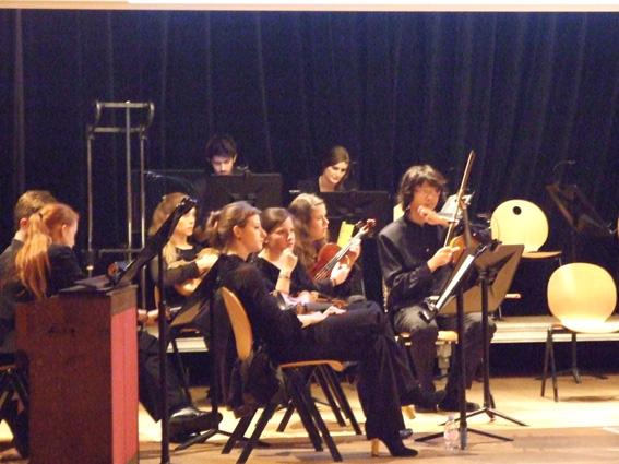 L'assassinat du Duc de Guise dans Musique dscf2008-petit