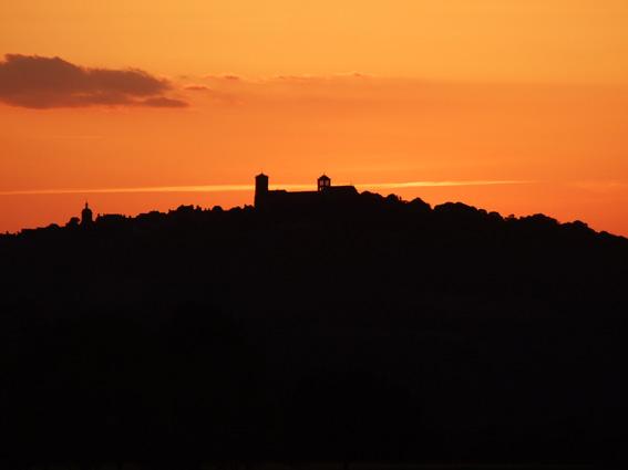 4-juin-19-coucher-de-soleil-vezelay-petit