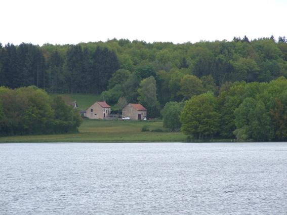 4-juin-5-lac-st-agnan-petit Morvan