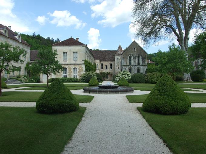 6-juin-002-fontenay-petit abbaye dans Voyages