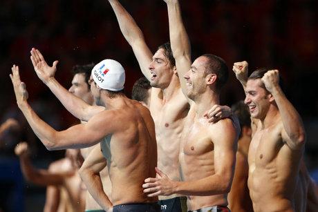 Les nageurs français remportent le relais 4x100 m 4 nages champions-du-monde-de-natation-relais