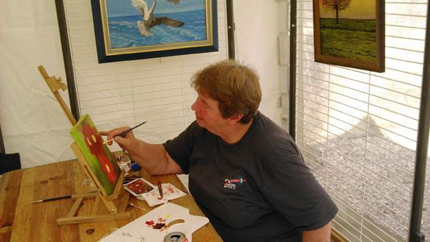 La cour des artistes à Liverdun dans Expos et salons du livre liverdun-02-27-juillet