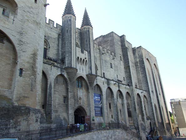001 Avignon petit