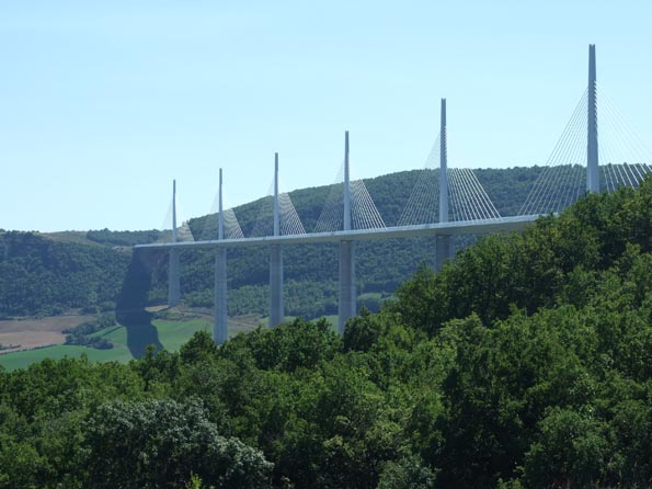 001 Viaduc de Millau  petit