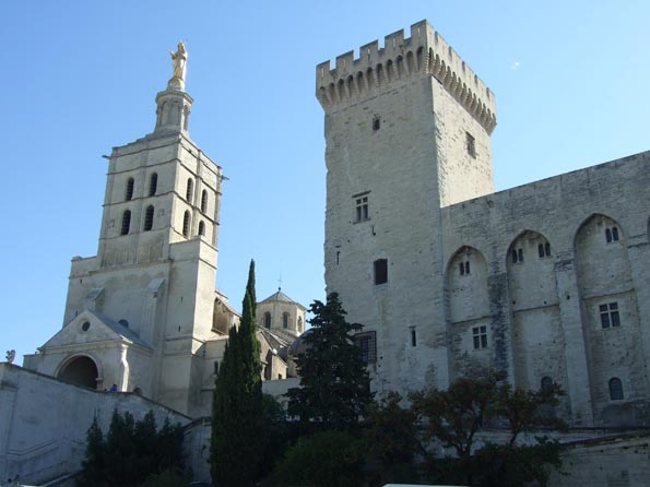 002 Avignon petit