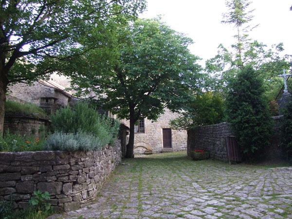 DSCF5257 petit St Jean d'Alcas